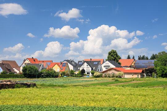 Nürnberger Stadtrand - Gemüseanbau, Solaranlagen