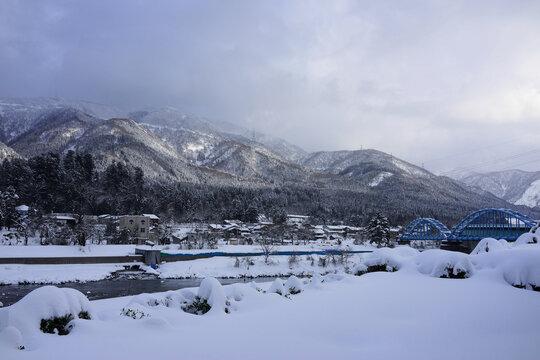 石川県 豪雪の白山麓 - White Mountain in Winter