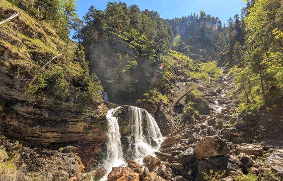 Kuchfluchtwasserfälle in Farchant bei Garmisch-Partenkirchen im Sommer