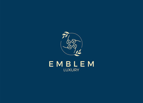 The hand drawn, feminine, elegant, minimalist logo designs template. Spa logo, Boutique logo, Badge, Hotel Logo, Vector