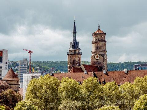 Blick auf die Stiftskirche in Stuttgart, Baden-Württemberg