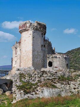 ancient ruins of Castel Govone