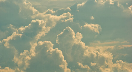 Obraz Chmury na niebie . - fototapety do salonu