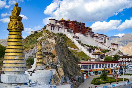 Potala Palace, the former winter palace of the Dalai Lamas, in Lhasa, Tibet