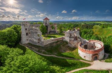 Fototapeta Szlak Orlich Gniazd - Zamek Tenczyn w Rudnie obraz
