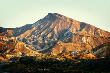 Fototapeta Mount Alfaro rises above the Tabernas desert and appears in numerous advertisements and movies. obraz
