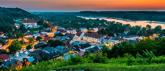 Fototapeta View of Kazimierz Dolny on the Vistula River, Poland obraz