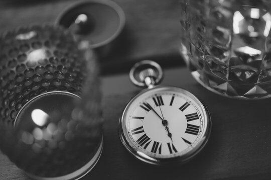 時計とキャンドル