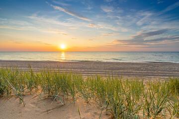 Obraz Landscape sunset over the Baltic Sea - fototapety do salonu
