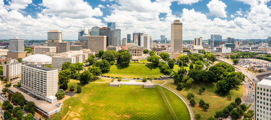 Fototapeta Aerial view of Nashville Capitol and skyline on a sunny day. Nashville is the capital and most populous city of Tennessee, and a major center for the music industry obraz