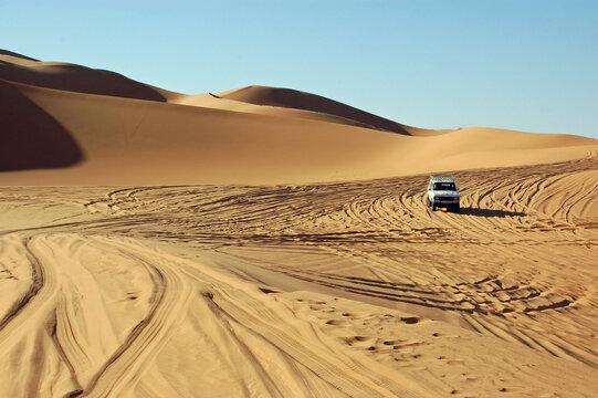 Four wheel drive car in Ubari Sand Sea, Libya