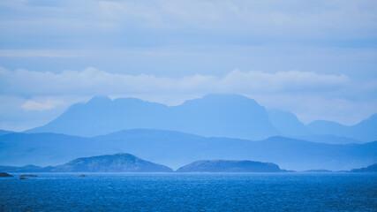 Fototapeta Suilven seen from Handa Island in the Highlands obraz