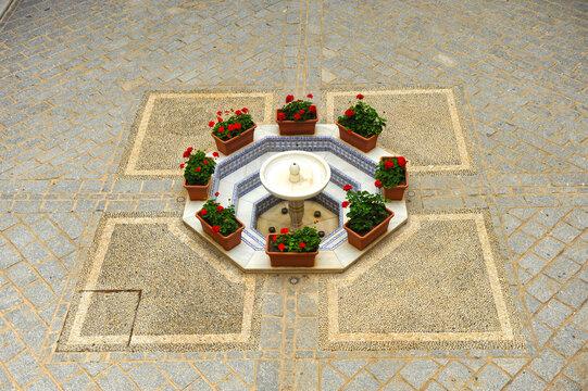 Fuente del Patio del Castillo de Luna ayuntamiento de Rota, provincia de Cádiz Andalucía España