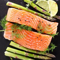 Fototapeta raw salmon fillet with asparagus obraz