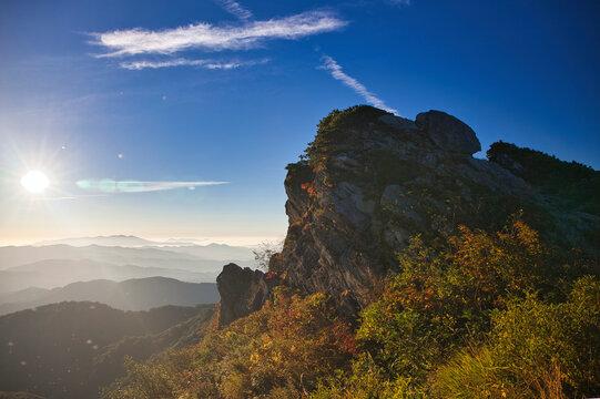 mt.iide trekking in autumn,  秋の快晴下の飯豊山トレッキング