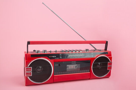 Cassette recorder with opened antenna