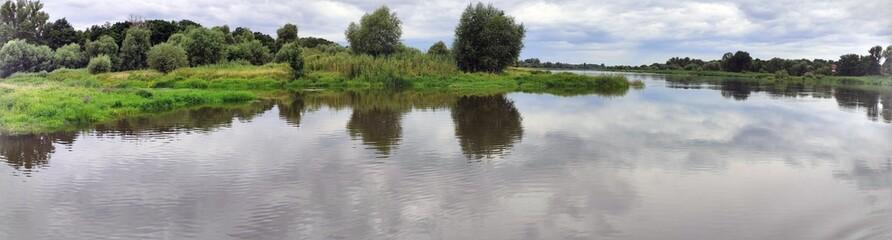 Fototapeta Panorama rzeki Odra. Polska.  obraz