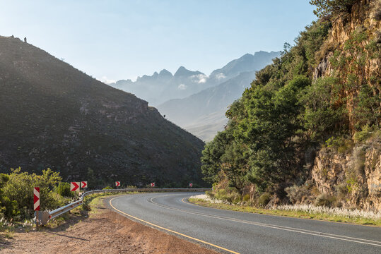 View of the Du Toitskloof Pass on the northern side