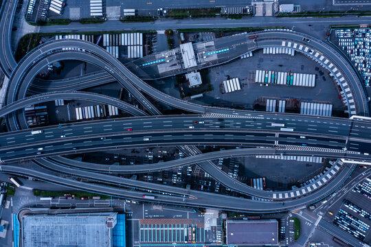 名古屋港の高速道路 空撮