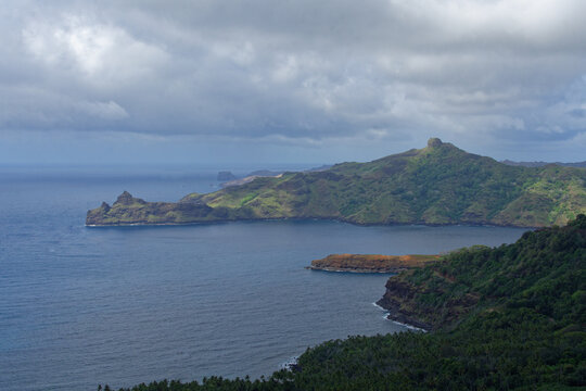 Baie de Anaho- nuku hiva - iles marquises - polynesie francaise
