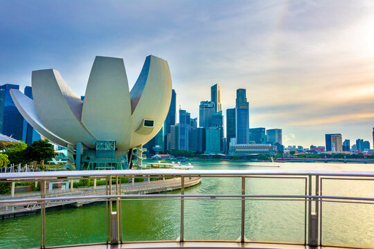 Singapore skyline at the Marina with the Art Science Museum in the foreground.