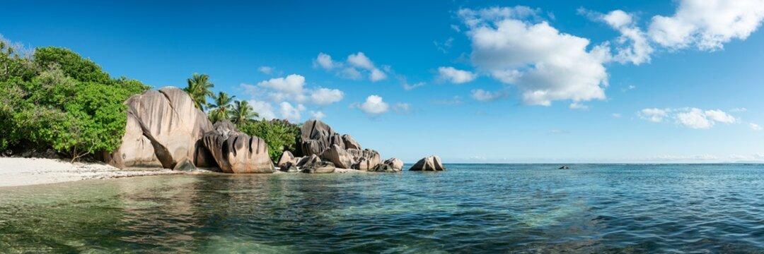 Anse Source d'Argent beach panorama, La Digue, Seychelles