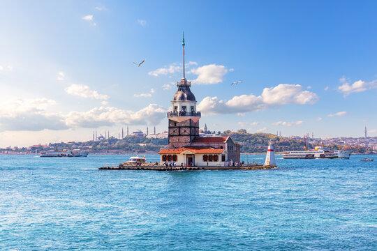 Maiden's Tower in the Bosphorus straight, Istanbul, Turkey