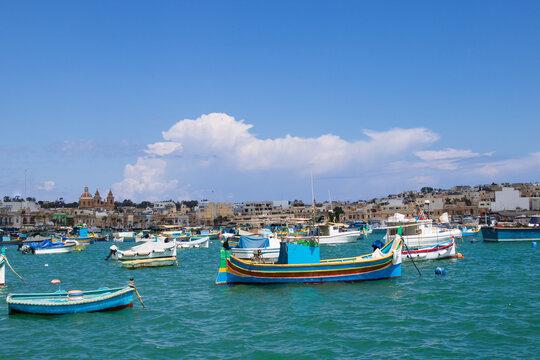 Boote im Fischerdorf  in Marsaxlokk, Malta