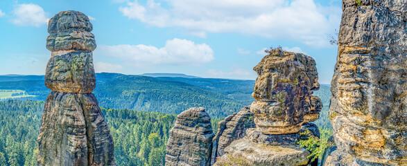 Obraz Barbarine - Wandern Sächsische Schweiz Pfaffenstein Elbsandsteingebirge - fototapety do salonu