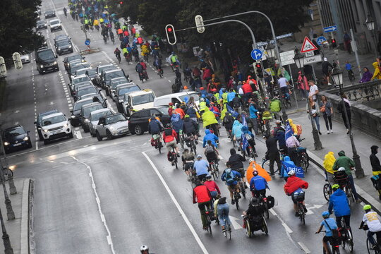 Cyclists protest against Munich Auto Show IAA Mobility 2021