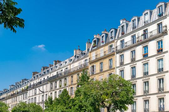 Paris, beautiful buildings, place de la Nation in the 11e district