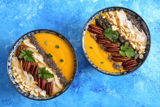 Smoothie bowl with pumpkin.