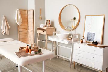 Obraz Interior of modern spa salon - fototapety do salonu