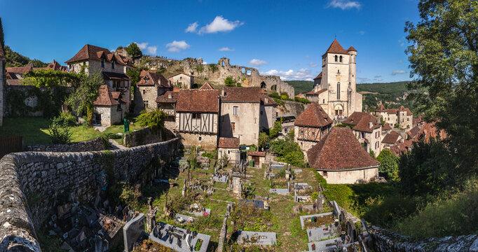 Saint-Cirq-Lapopie (Lot, France) - Vue panoramique du village médiéval