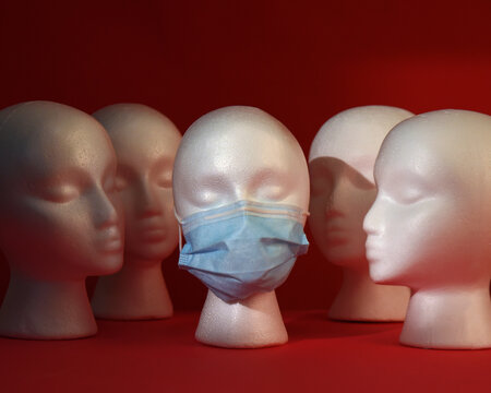 Heads Looking at Masked Face Alone
