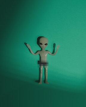 Naked Alien Censored