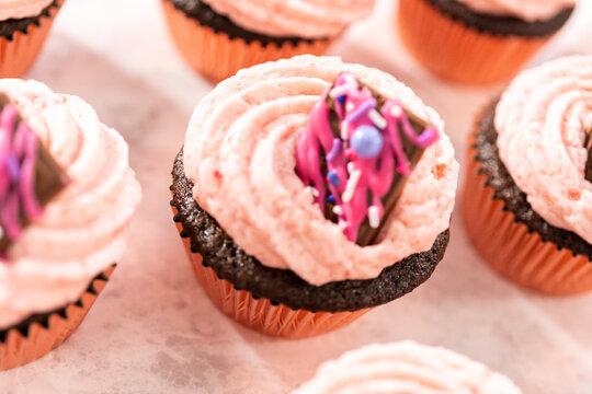 Chocolate strawberry cupcakes