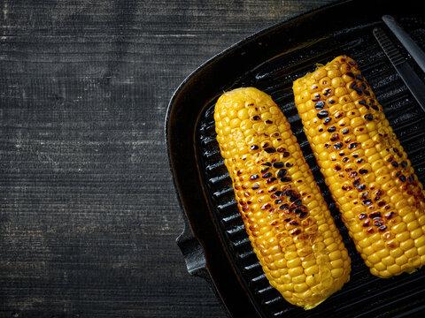 grilled corn on pan