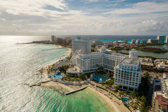 Cancun, Mexico - September 17, 2021: View of beautiful Hotel Riu Palace Las Americas in the hotel zone of Cancun. Riviera Maya region in Quintana roo on Yucatan Peninsula. Aerial panoramic view of all