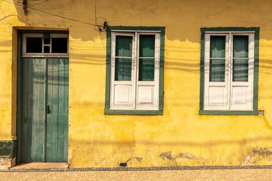facade of house in Santana do Parnaiba
