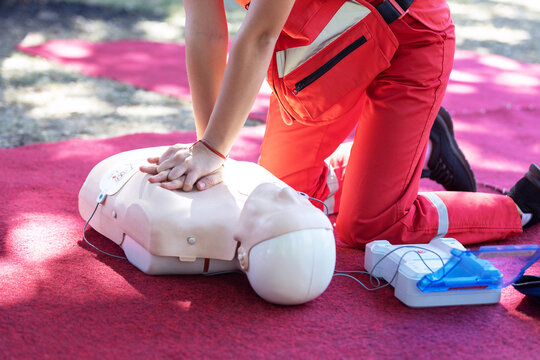 First aid and CPR course using automated external defibrillator device - AED