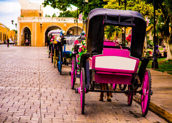 wheelchair, carriage, bicycle, bike, wheel, transportation, old, vintage, car, horse, street, travel, transport, antique, wheels, disabled, tricycle, buggy, vehicle, hospital, wagon,
