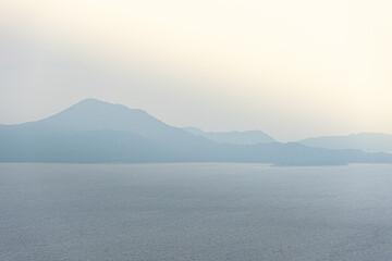 Fototapeta Widok na wybrzeże z wyspami w Chorwacji obraz