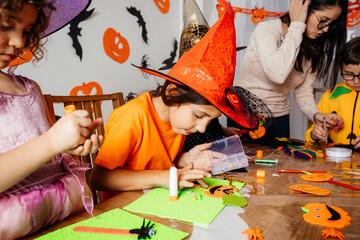 Fototapeta Autumn craft workshop for creative preschool kids obraz