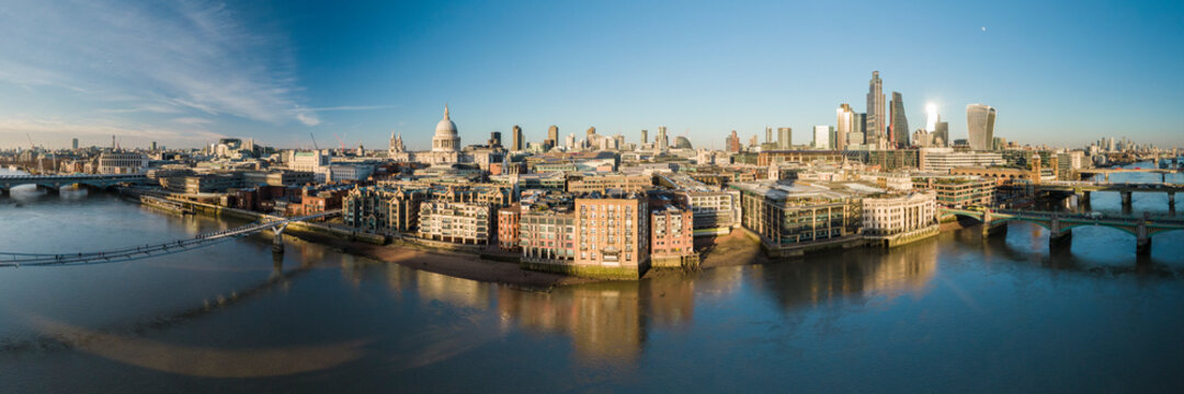 UK, London, Aerial view of downtown and River Thames at sunset