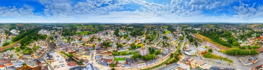 Fototapeta münchberg bavaria fichtelgebirge 360° aerial obraz