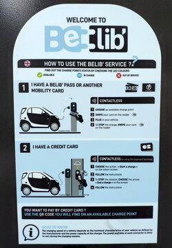 borne de recharge véhicule électrique