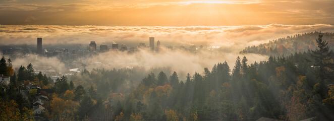 Obraz Portland Downtown misty rolling fog and autumn foliage in high resolution panorama - fototapety do salonu