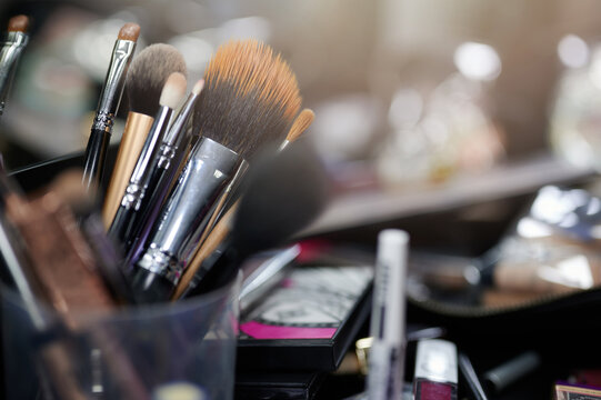 Different professional tool brushes for make up