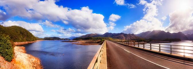 Fototapeta Tas Burbury Lake Bridge pan obraz